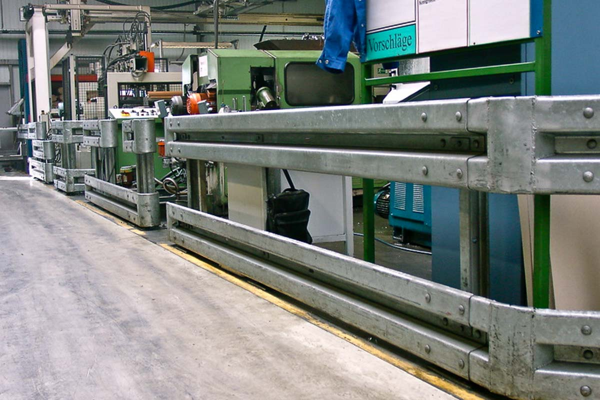 schutzplanken industrie fertigung 1 - Rammschutz Fertigungsbetrieb