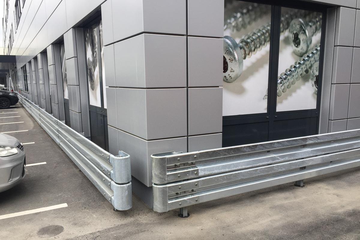 roleit fassadenschutz schutzplanke 4 1200x800 - Fassadenschutz mit Schutzplanken