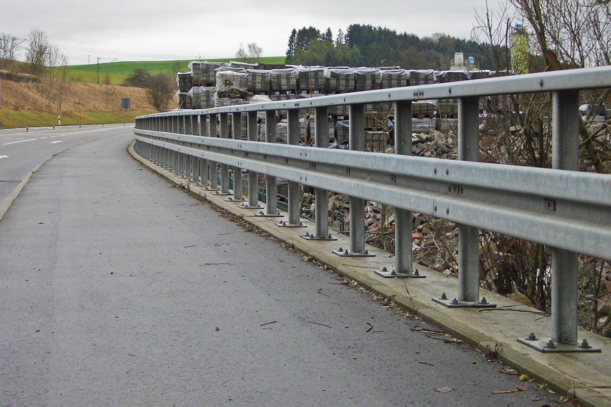 verkehrswegesicherung leitplanke - Verkehrswegesicherung